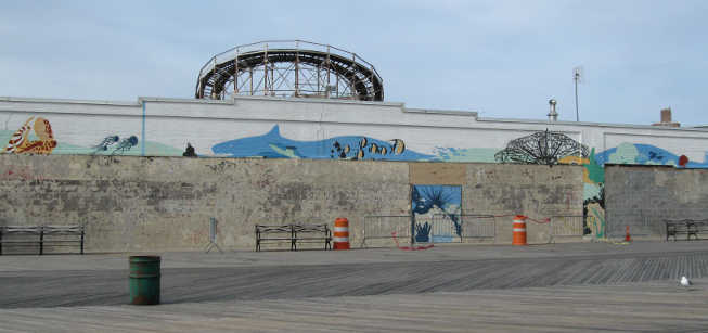 The Aquarium Mural is gone