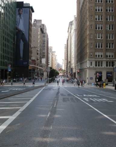 Empty Park Ave. looking south from E. 33 St.